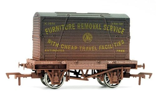 4f-037-004 Dapol Conflat & Container GWR Weathered
