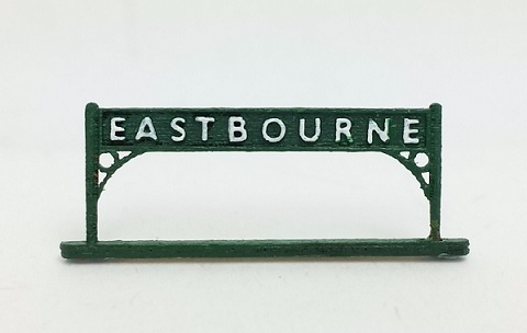 ARCHN0006 Arch Laser : Station Name Boards N Gauge (Southern type) (Pair)