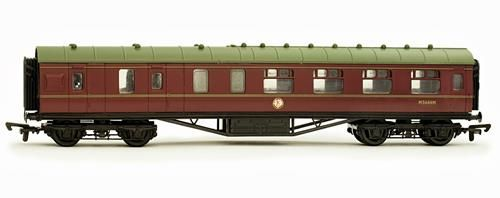 Dapol C104A 57ft Stanier Corridor Brake BR Maroon Lined M5644M Kit