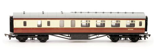 Dapol C106C 57ft Stanier Corridor Brake BR Carmine & Cream (Kit)