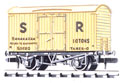 NR-42S Peco: (RAILWAY COMPANY SERIES 10 FT WHEELBASE ) Box Van, Banana, SR, cream
