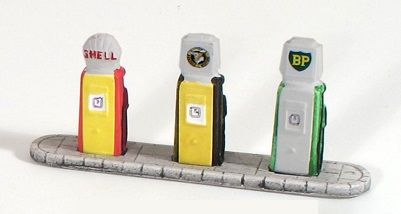SS389 Shell-National-BP 1960s Petrol Pumps